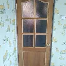 Продам межкомнатную дверь шпон, в Владивостоке