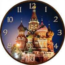 Часы с храмом, в Москве