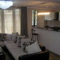 Срочно продается 4-комнатная ЛЮКС квартира недалеко от метро, в г.Тбилиси