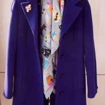 Пальто цвета фиалки демисезонное, в Ставрополе