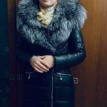 Зимнее кожаное пальто с мехом из чернобурки, в Москве