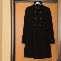 Пальто демисезонное ZARA (Испания), в Москве