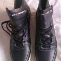 Ботинки зимние кожаные на меху новые, в Омске