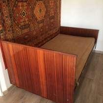 Кровать деревянная полутороспальная, в Димитровграде