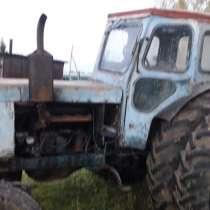 Продам трактор, в Омске