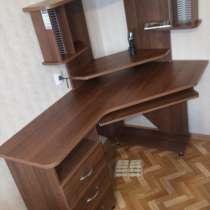 Продам компьютерный стол, в Надыме