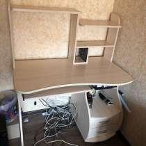Компьютерный стол, в Зеленограде