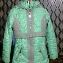 Светло бирюзовое пальто(2), в г.Павлодар