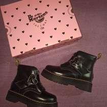 Продам ботинки Dr. Martens, в Воткинске