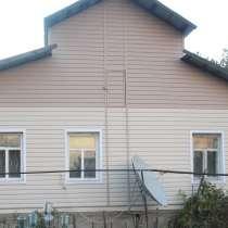 Дом деревянный благоустроенный 4 комнаты, в г.Семей