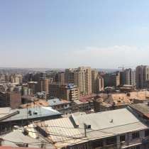 Продается 5-комнатная квартира в самом центре города, в г.Ереван