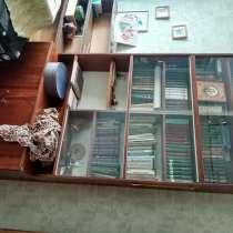 Шкаф книжный, в г.Гомель