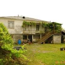Продам дом в Абхазии с большим садом, в г.Сухум