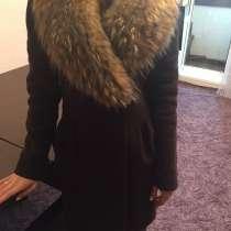 Продам зимнее пальто. размер 42-44, в Оренбурге