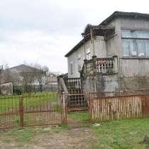 Продам дом деревянный недалеко от моря, в г.Поти