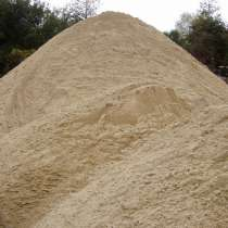 Предлагаем песко-соляную смесь 6% процентов соли, в Новосибирске