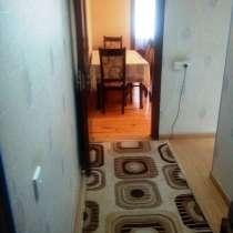2-х комнатная на 8 километре, в г.Баку