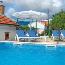 Продам в Черногории Виллу с басейном, в г.Херцег-Нови