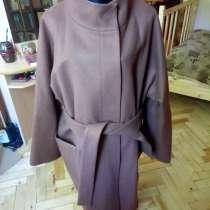 Модное полушерстяное пальто, в Санкт-Петербурге