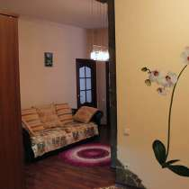 Сдается трехкомнатная квартира по адресу: ул. М. Калинина 61, в Казани