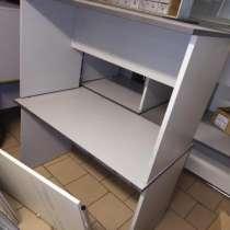 Продается письменный стол в отличном состоянии, в Москве