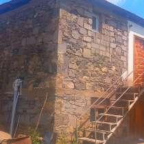 Продажа участка с домом, в г.Тбилиси