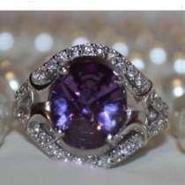 Кольцо серебро новое 19 размер камень аметист стразы сваровс, в Москве