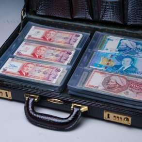 Предлагаю вам коллекцию купюр из более 200 купюр Aunc Unc, в г.Шымкент