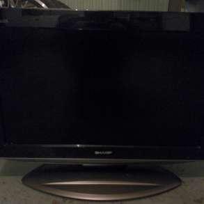 Продам жк телевизор SHARP AQUOS LC-26AD5RU-BK, в Санкт-Петербурге