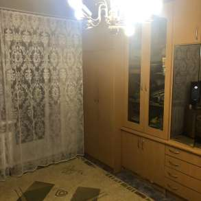 Продаю трехкомнатную квартиру, в Барнауле