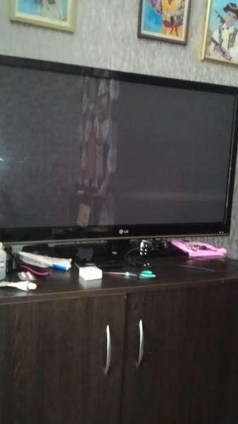 Продам б/у, телевизор