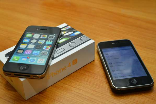 IPhone 4s 8gb (состояние идеальное, с коробкой и т. д.)