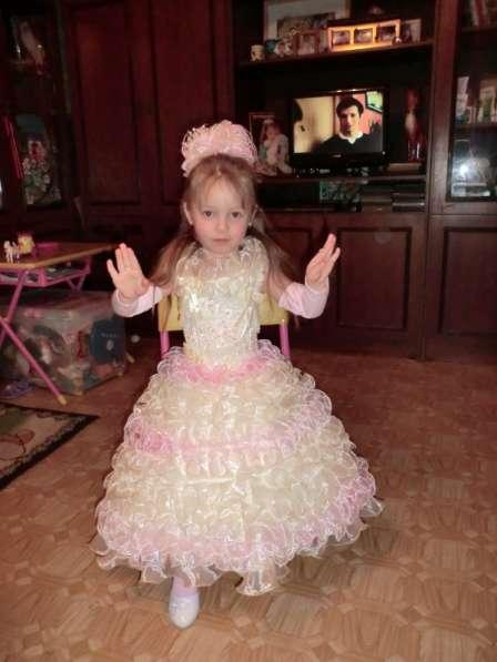 Платье на девочку на рост 100-104