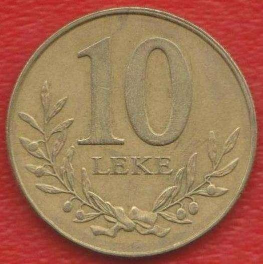 Албания 10 лек 2000 г.