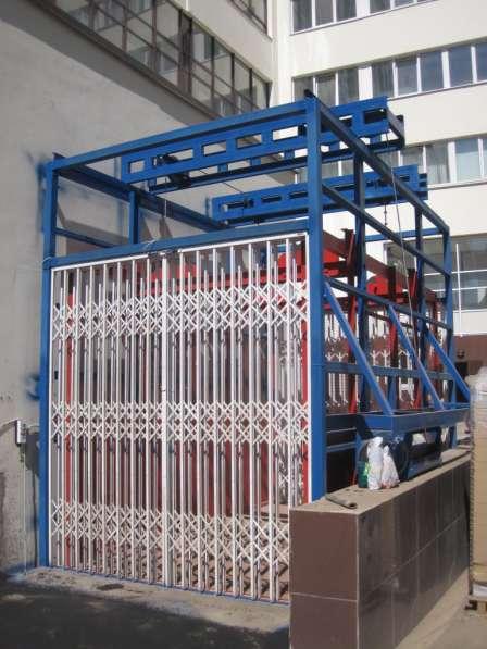 ДВЕРИ раздвижные Боствиг для подъемников и грузовых лифтов