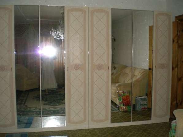 Два шкафа - стенки. Шатура, почти новые, качественные