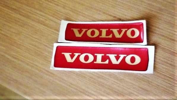 Наклейка на эмблему с логотипом Volvo, красная, на большую