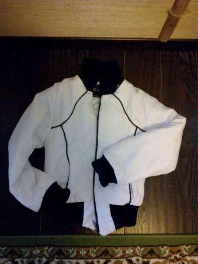 Продаю куртки, пуховик от 36го до 42го р