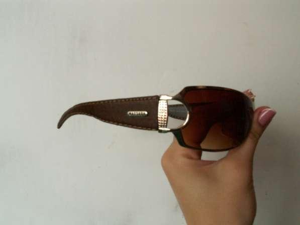 Солнцезащитные женские очки в Сургуте