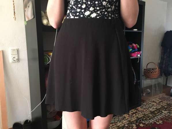 Женская юбка. Не разу не носила. Не тот размер. Размер L