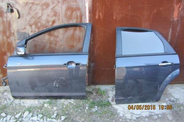 Двери левые Форд Фокус 2 рестайлинг