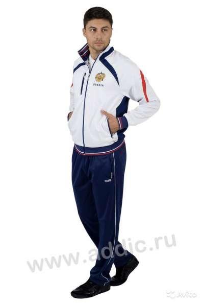 Cпортивный костюм мужской с символикой России 335 в Москве