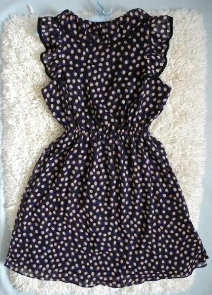Шифоновое платье с воланами с запахом H&M в фото 5