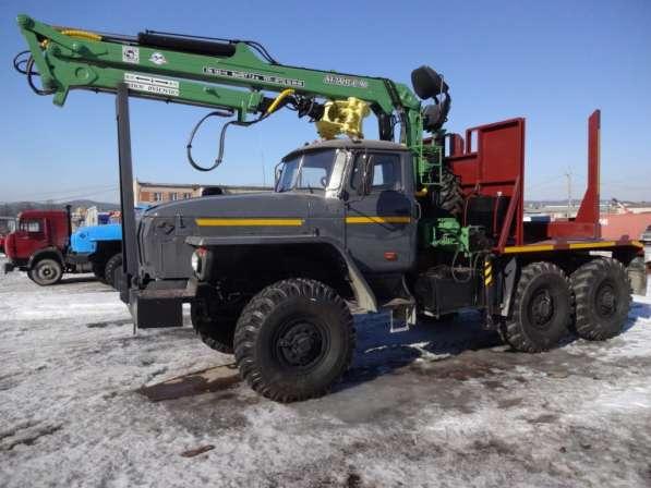 Лесовоз Урал капремонт с новым гидроманипулятором в наличии