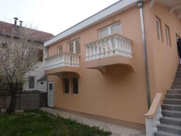 Двухэтажный дом в городе Бар. Черногория. Без комиссии в фото 10