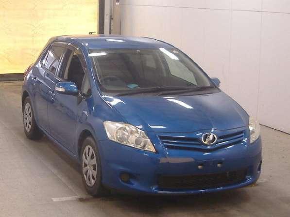 Toyota Auris хетчбек