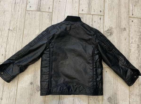 Куртка кожаная HM для мальчика р-р104 в Дмитрове фото 4