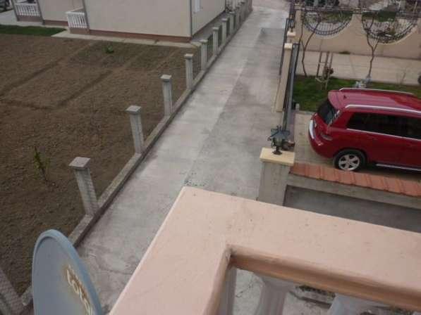 Двухэтажный дом в городе Бар. Черногория. Без комиссии в фото 4