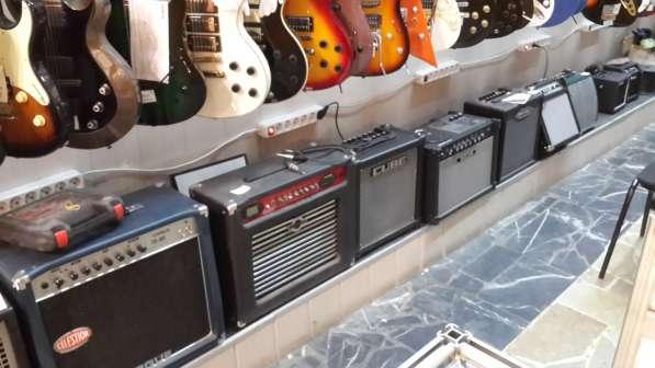 Гитары, синтезаторы световое и звуковое оборудование в Москве фото 4