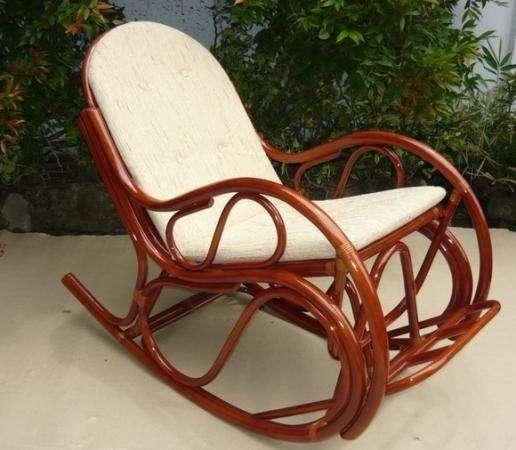 Мебель плетеная из натурального ротанга кресло качалка 05.17